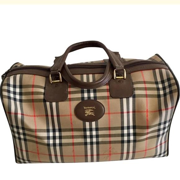 Burberry Handbags - Authentic unisex Burberry nova check travel bag 87259208e22d2